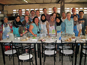 Photo: group picture with roti shop family, Takua Pa