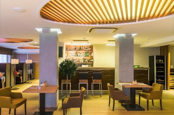Фото №3 зала Зал ресторана «Цветы»