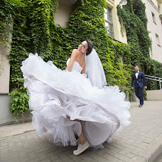 Wedding photographer Vladimir Ivanov (val5600). Photo of 23.10.2015