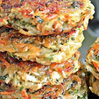 Homemade Hash Browns with Spinach and Carrot