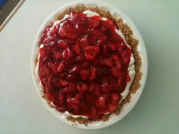 Karon's Summer Strawberry Cheesecake