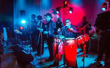 Photo: Blacklites Show Band