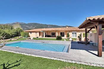 Villa 5 pièces 180 m2