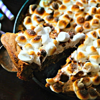 Chocolate Chip S'mores Skillet Cookie.