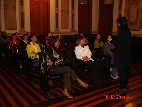 Photo: Os membros da Rede assistindo a explanação sobre a história da construção do CCJF.