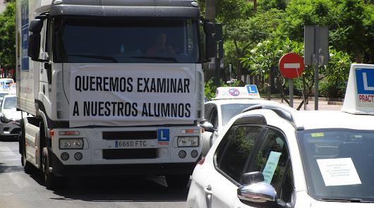 Nueva protesta de las autoescuelas por falta de examinadores