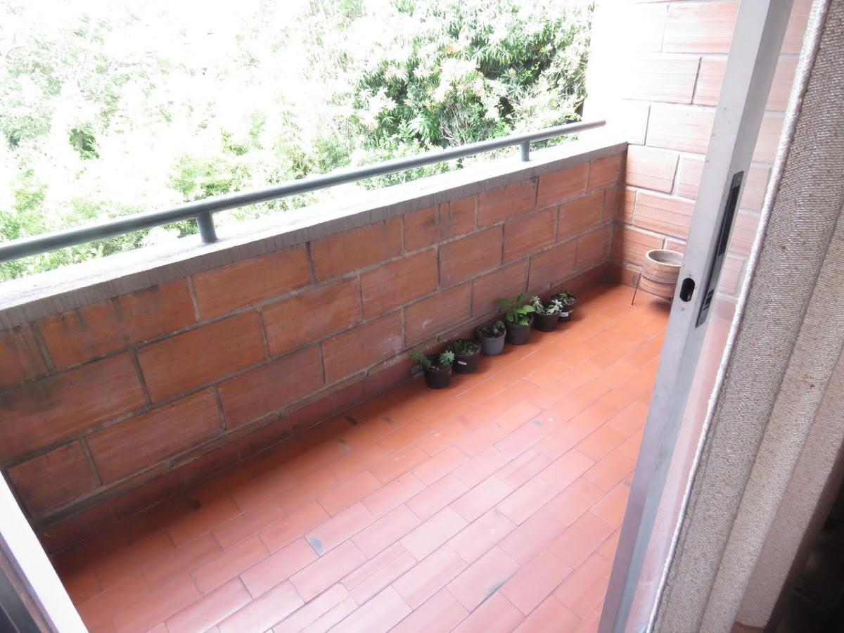 apartamento en venta calasanz 755-8261