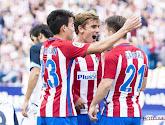 Atlético Madrid zet de oudste socio's van de club in de bloemetjes
