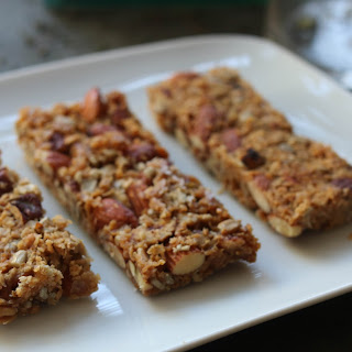 Oat, Nut and Seed Bites.