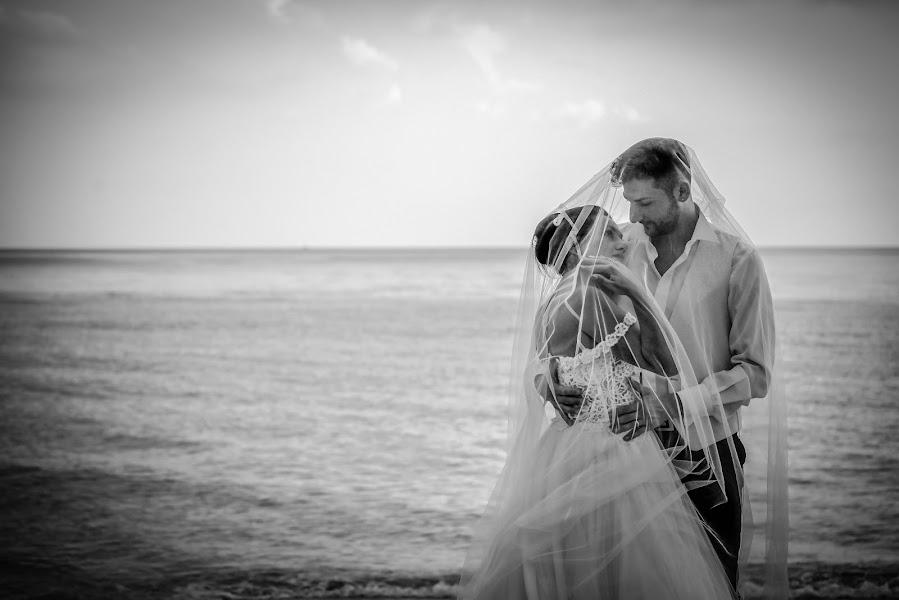 Vestuvių fotografas Alessandro Spagnolo (fotospagnolonovo). Nuotrauka 23.07.2019