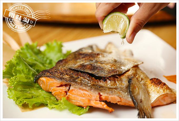 大手町日本料理鮭魚頭鹽烤2