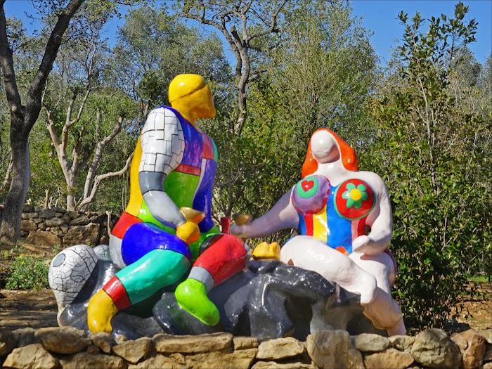 Niki de Saint Phalle, La Scelta (Gli Innamorati), Giardino dei Tarocchi, Capalbio, Toscana