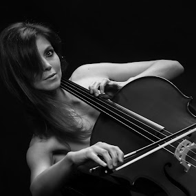 Girl and cello by Martin Zenisek - People Musicians & Entertainers ( musical instrument, girl, black and white,  )