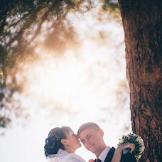 Wedding photographer Denis Barsukov (kisloephoto). Photo of 03.11.2014