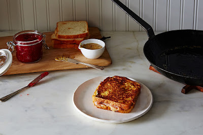 French toast and ham and cheese? Yes, please