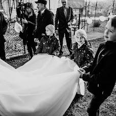 Wedding photographer Yura Danilovich (Danylovych). Photo of 12.01.2019