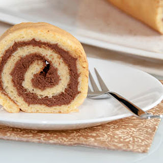 Swiss Roll Cake With Chocolate Filling