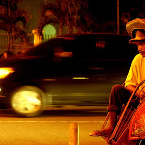 speed of life by Gedion Kristianto - People Street & Candids