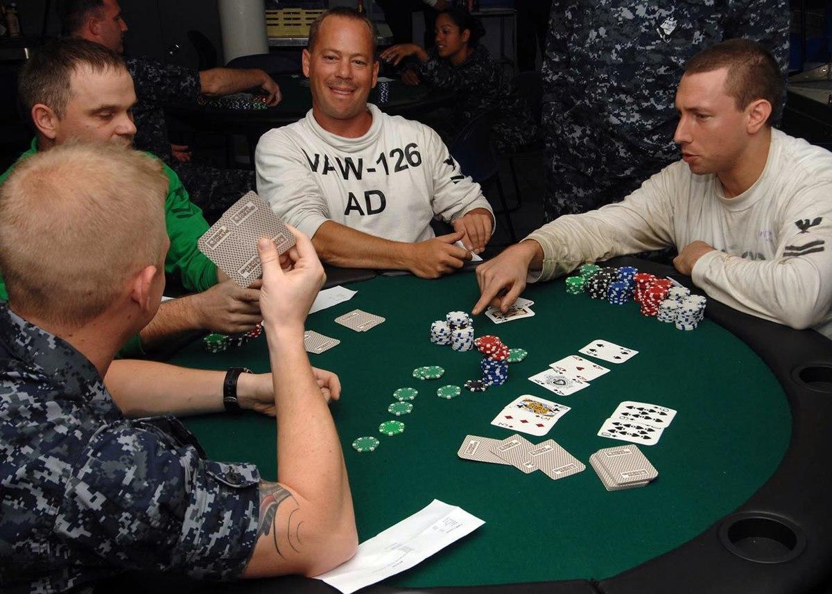 Những lỗi khi chơi Poker bạn nên tránh mắc phải
