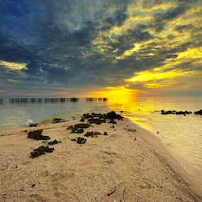 silent by Arie Sudharisman II - Landscapes Waterscapes