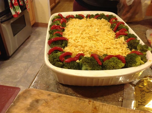 Now arrange the broccoli around the outer edge of the casserole, and garnish with...
