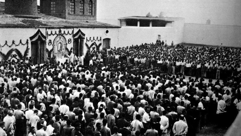 imagen de la cárcel del Ingenio, donde estuvieron encarcelados muchos represaliados, durante el acto del día de la Merced de 1940.