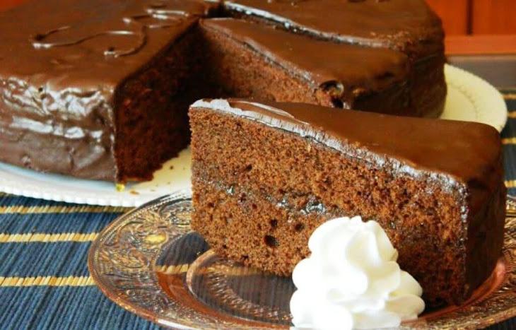 Sachertorte – the Most Famous Austrian Chocolate Cake Recipe