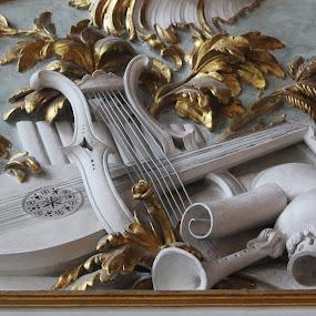 by Adriana Popescu - Artistic Objects Still Life
