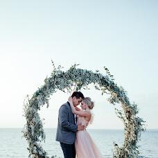 Wedding photographer Galina Mikitinskaya (mikifoto). Photo of 03.10.2017