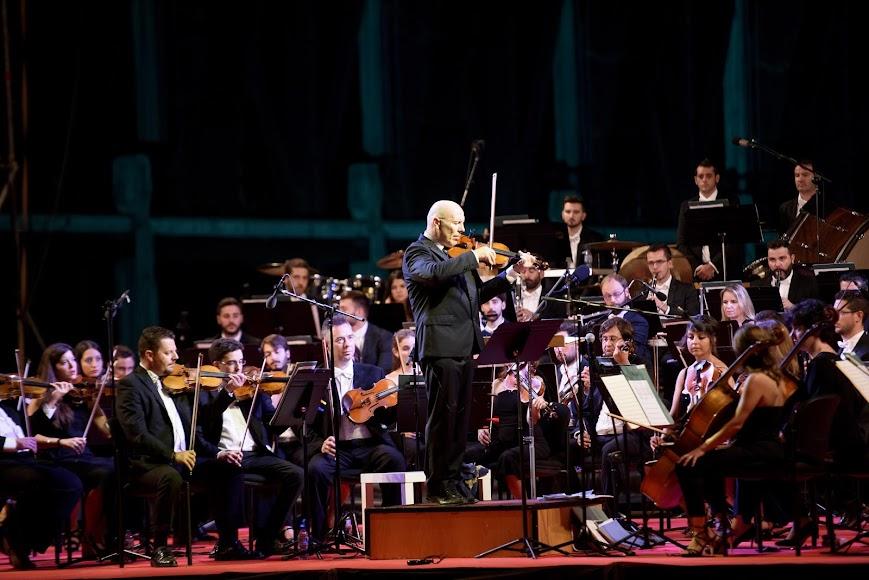 Michael Thomas estrena su composición Variaciones Misisipi, junto a sus músicos.
