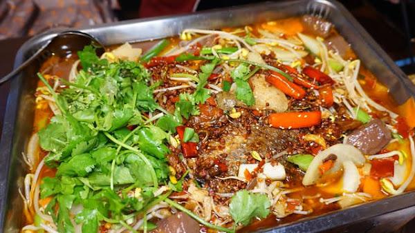 小魚兒重慶碳烤烤魚-重慶麻辣風味完整呈現 / 台南烤魚