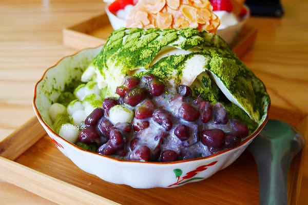 美軍豆乳冰┃台中西區美食:用心的食材是會被發現的,使用台灣黃豆製成豆花和豆漿,夏天也吃的到草莓冰