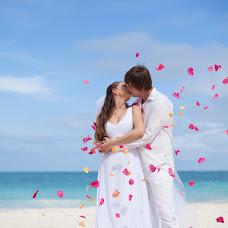 Wedding photographer Aleksandr Molokov (AlexMolokov). Photo of 15.10.2014