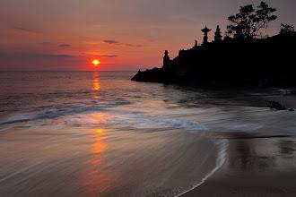 Photo: Batu Bolong Temple, Lombok - Indonesia by Helminadia Ranford http://www.helminadia.net/ https://plus.google.com/u/0/111699855306814304937/posts