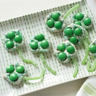 Green Clover Pretzels