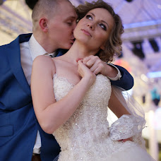 Wedding photographer Yaroslava Khmelovec (riennod). Photo of 05.12.2016