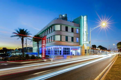 Florida's Newly Renovated Streamline Hotel Is A Retro Adventure Just Waiting To Happen