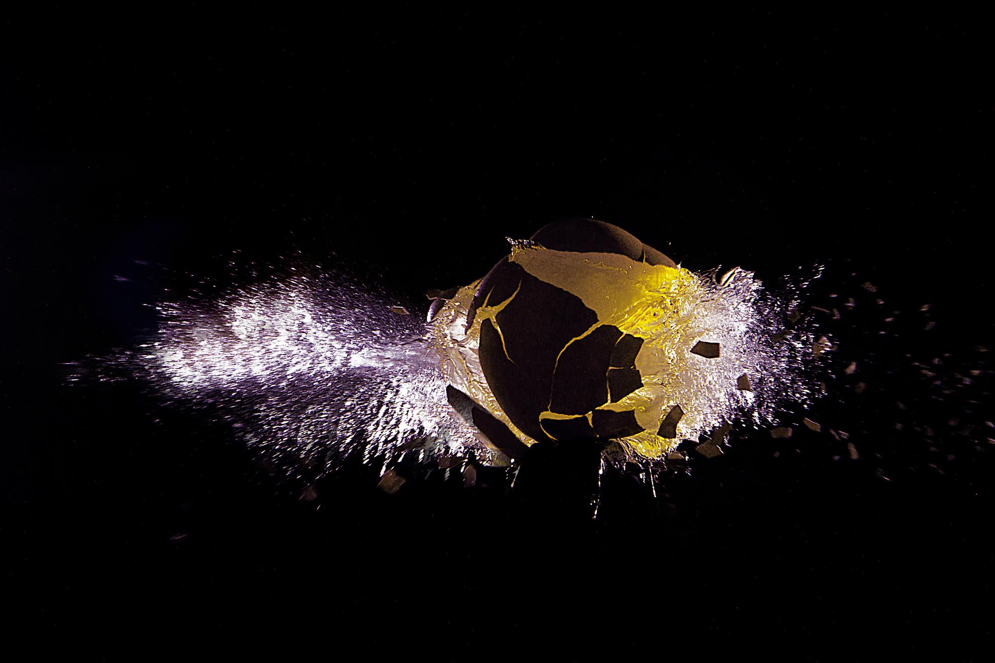 big bang : sia la luce e la luce fù di massimo bertozzi