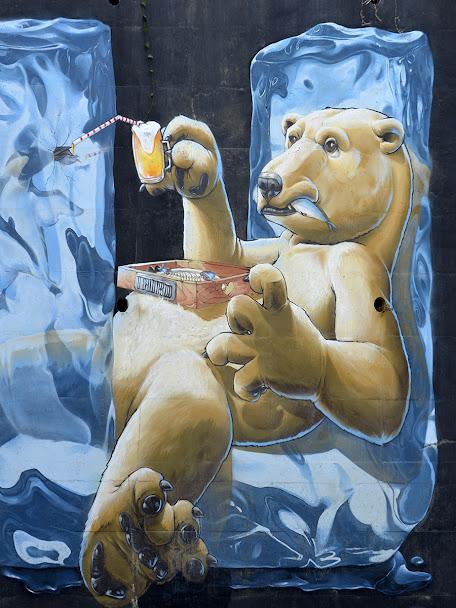 Third - mural da lionesa