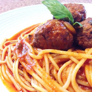 Spaghetti with Meatballs and Herbs