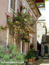 Photo: Le village de Fontaine le Port - E-guide balade circuit à vélo sur les Bords de Seine à Bois le Roi par veloiledefrance.com.