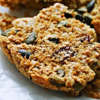 Almond and Pumpkin Seed Quinoa Breakfast Brittle