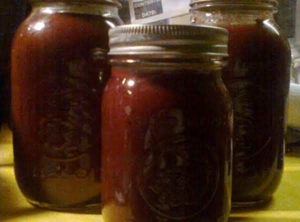 Made Two Batches, Got 2 Qts., 1 Pint, Plus About 6 Oz. I Put In A Small Plastic Container In Fridge.  It Tastes Awesome!!!