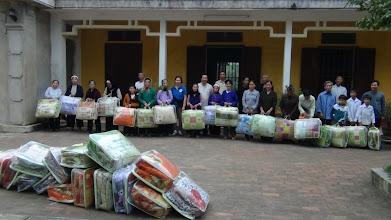 Photo: Phát Mền Cho Người Nghèo ở Lạc Thuỷ/Hoà Bình