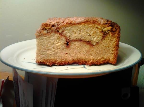 Lmond Streusel Swirl Coffee Cake