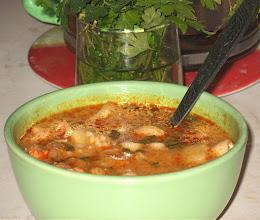 Photo: Zupa z kiełbasy, ale bez jajek w koszulkach :) 48-00