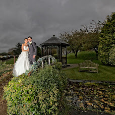 Wedding photographer Carl Dewhurst (dewhurst). Photo of 27.12.2017