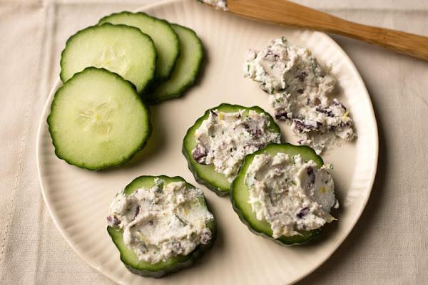 Cheesy Olive- Parsley Spread Recipe