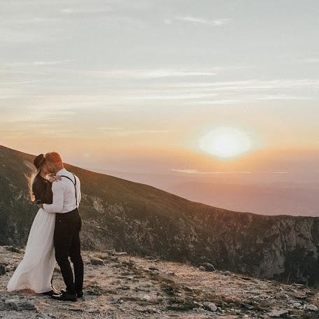 Wedding photographer Helga Bragina (helgabragina). Photo of 15.07.2018