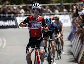 Richie Porte wint de slotrit in de Tour Down Under maar kan eindzege niet meer afsnoepen van Daryl Impey